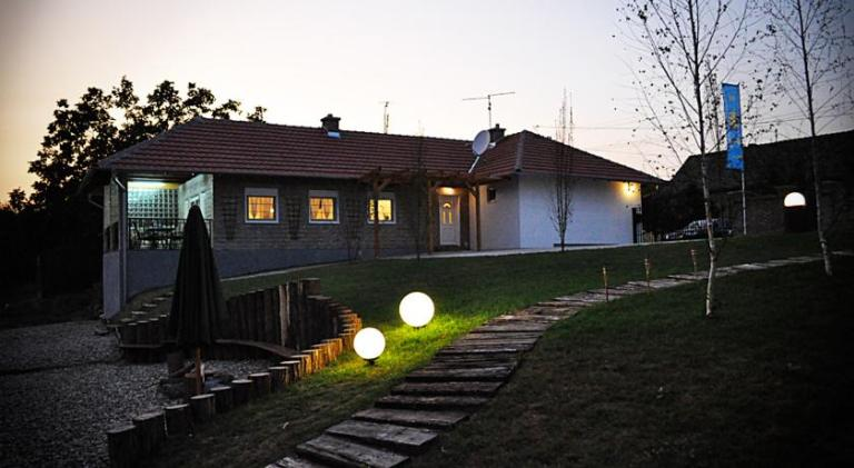 Vila SUNCE - Morović