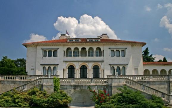Kraljevski Dvor