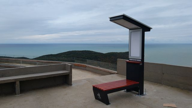 PetroSOLAR – pametne klupe na SOLARNU energiju krase nove vidikovce u Crnoj Gori / Ulcinj